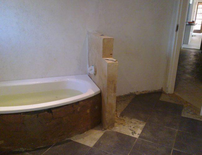 Bathroom-A-4.jpg